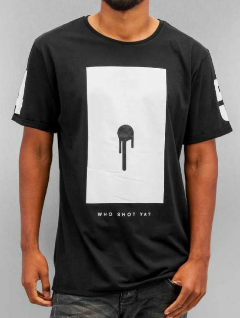 Who shot ya? T-Shirt Bulllet Hole